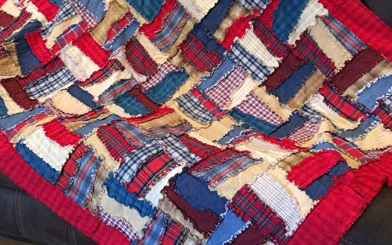image of flannel rag quilt