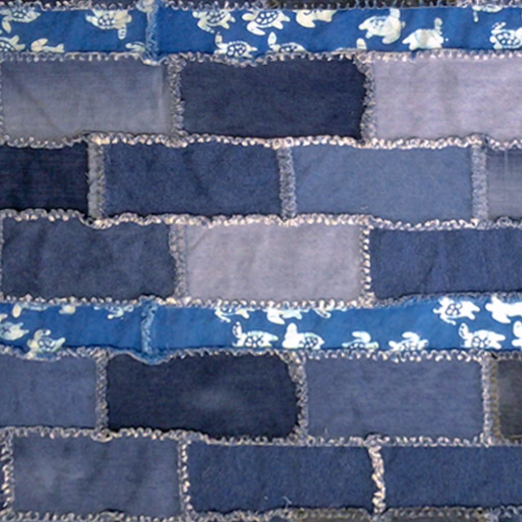 Photo of Tips for adding borders to a blue jean rag quilt_how