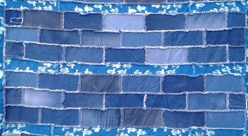 How to Make an Easy Blue Jean Rag Quilt