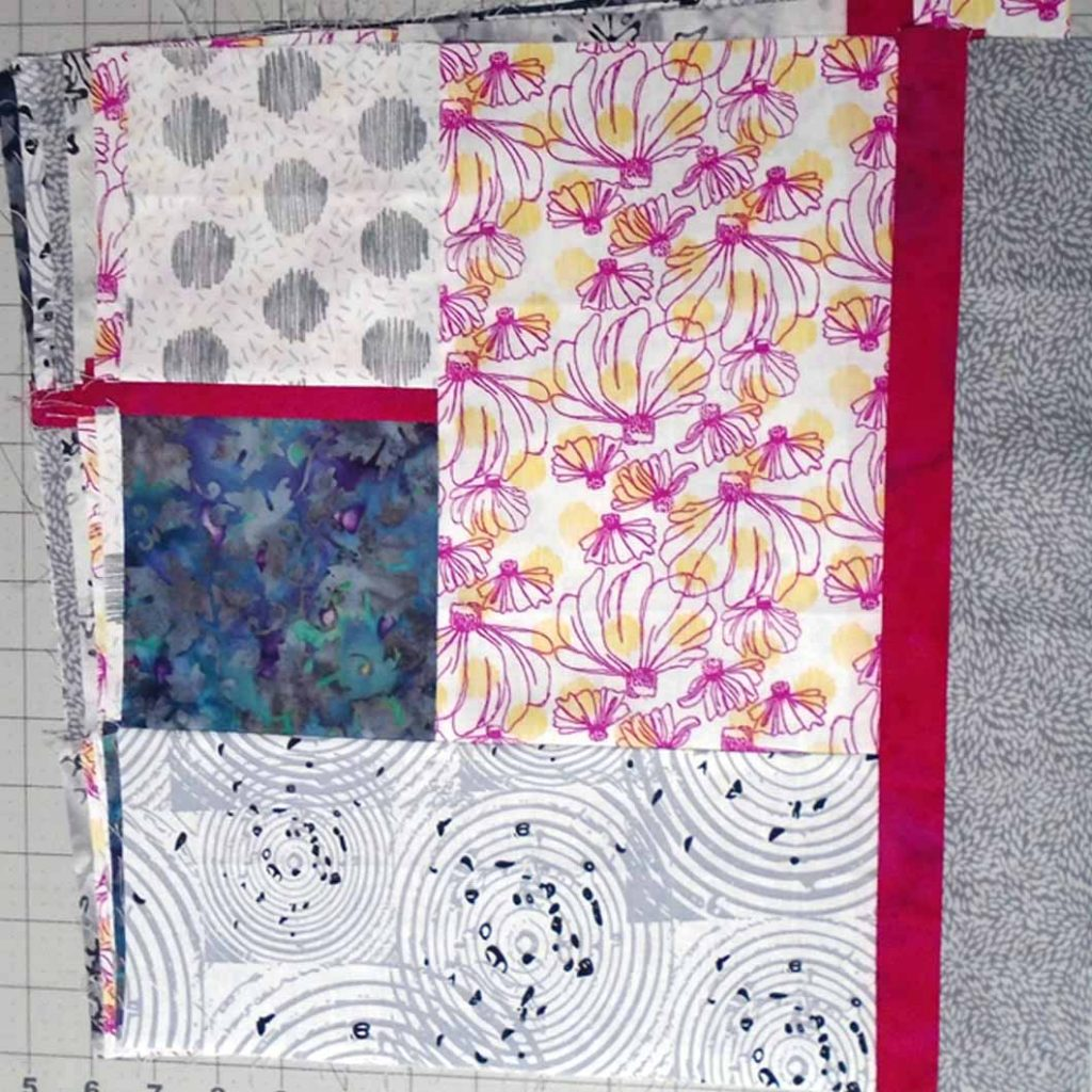 photo of Six Fat Quarters for the 1st Fabric Selection of this modern fat quarter quilting pattern