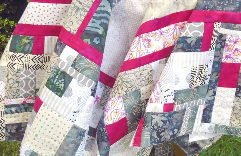 photo of Modern Fat Quarter Quilting with Improv Border