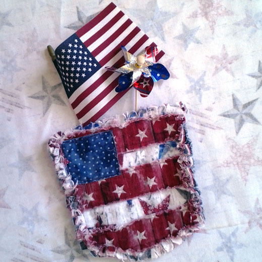 photo of Blue Jean Pocket Mini Rag Quilt with July 4th Deco