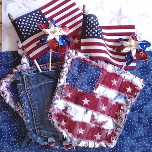 photo of Blue Jean Pocket Mini Rag Quilt