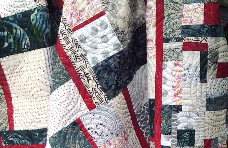 photo of Free Fat Quarter Quilt Pattern