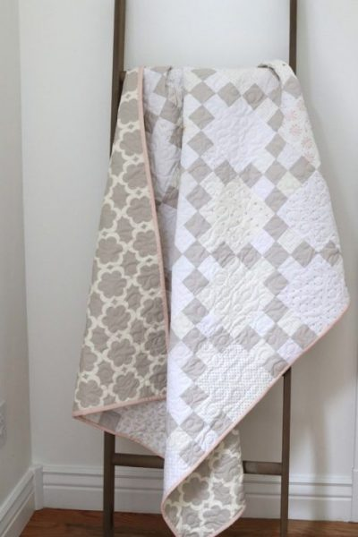 image LowV Gray-and-White-baby-quilt-pattern
