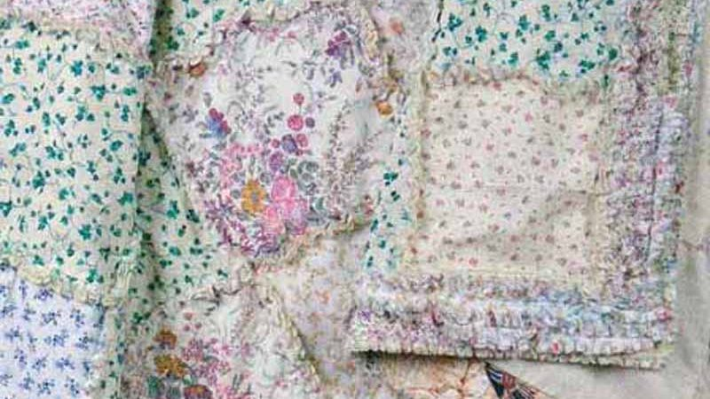 How to Make A Scrappy Rag Quilt