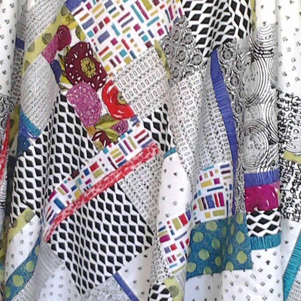 image of Modern Batik Fat Quarter Quilt on-point Pattern