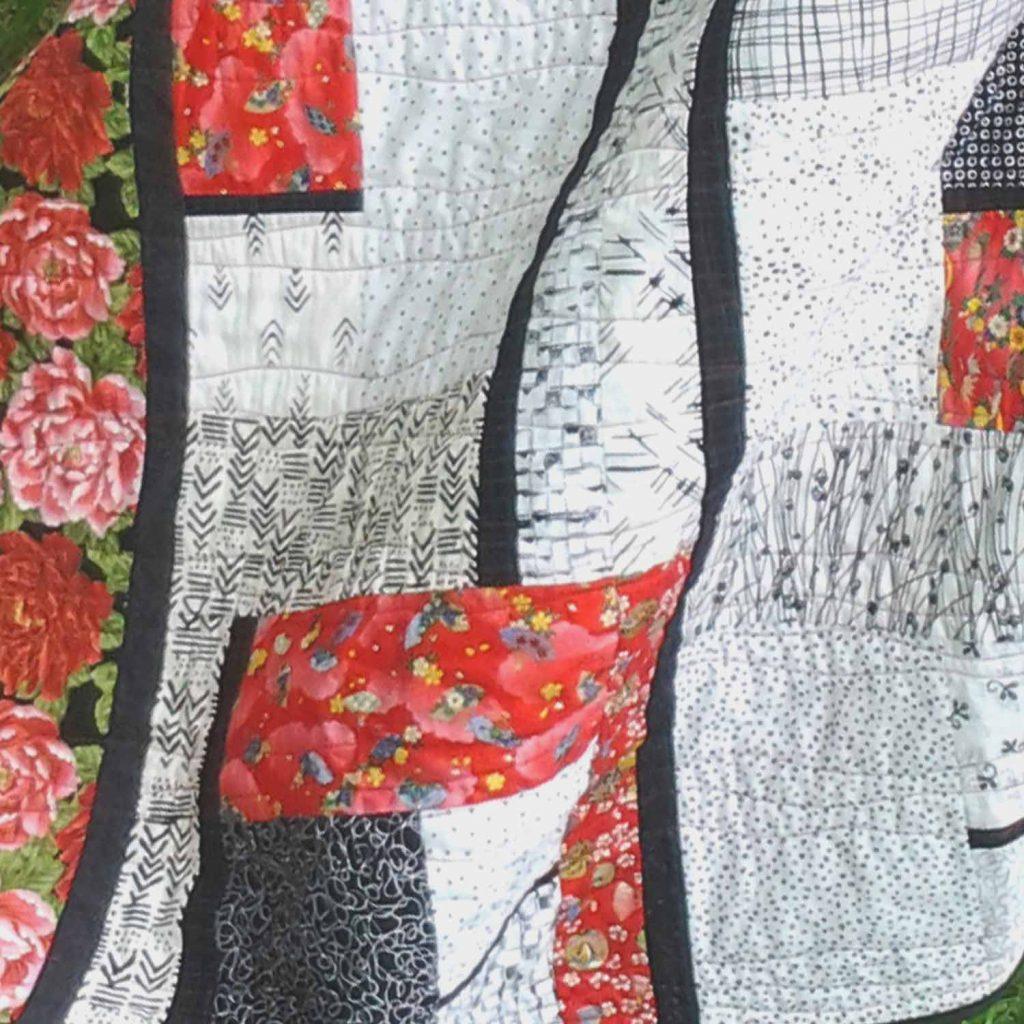 image of Modern Batik Fat Quarter Quilt Pattern Black White & Bold Free Quilt Pattern